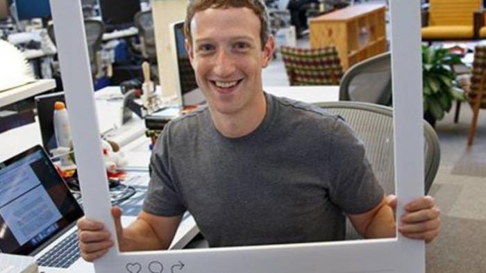 Ini Lho Misteri Selotip di Laptop Bos Facebook Mark Zuckerberg