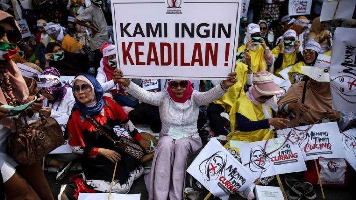 Polres Metro Jakarta Pusat Tutup Jalan Medan Merdeka Barat Menjelang Putusan MK
