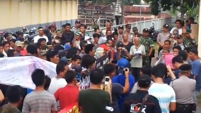 (VIDEO) Penolakan Kapal Isap PT Timah