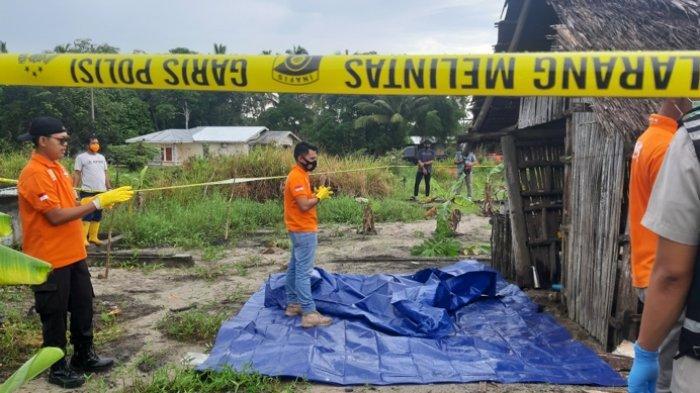 BREAKING NEWS Mayat Ditemukan di Gubuk, Tebarkan Bau Tak Sedap Diperkirakan Sudah Tiga Hari