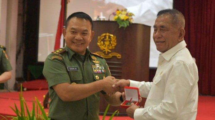 Perjalanan Hidup Mayjen TNI Dudung, Mimpi Jadi Perwira saat 55 Kue Klepon Dagangannya Menggelinding