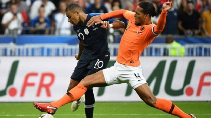 Giroud Akhiri Puasa Gol, Perancis Menang Tipis atas Belanda