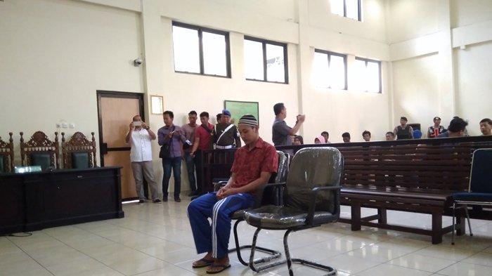 Meksi Irawan Terdakwa Pembunuhan TNI Sertu Hermanto Dituntut 20 Tahun Penjara
