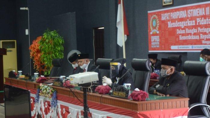 Wujudkan Belitung Timur Maju melalui SDM Unggul - memimpin-rapat-18.jpg