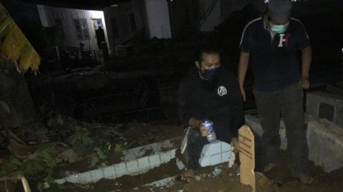 Makam Mantan Ketua Kadin Sumbar Dipindahkan, Hasil Uji Swab Negatif