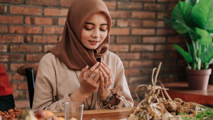 Ini Dia 4 Rekomendasi Makanan dan Minuman Terbaik Untuk Buka Puasa