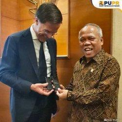 Foto Basuki Hadimuljono Viral, Hingga Ada Yang Bilang Menteri Pelawak