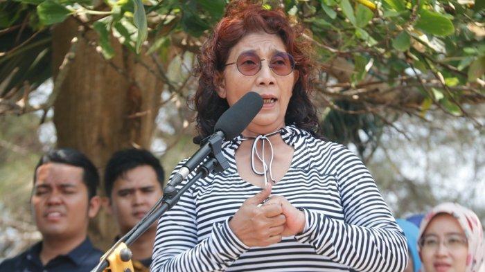 Menteri Susi Lelang Barang Pribadi, Ada Baju Kesayangan Dibanderol Rp 150 Ribu hingga Gitar