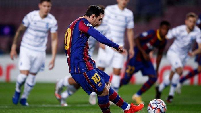 Bangkit dari Bangku Cadangan, Messi Justru Bikin Brace,Koeman Ungkap Alasan Cadangkan Sang Bintang