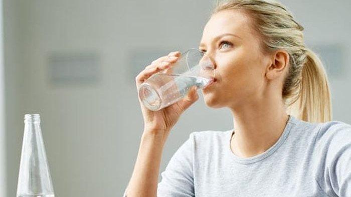 Inilah Manfaat Minum Air Hangat di Pagi Hari, Bisa Hilangkan Hidung Tersumbat Hingga Redakan Nyeri