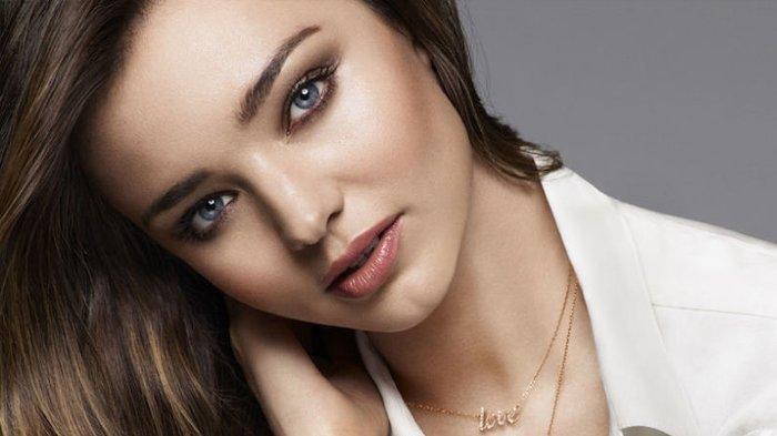 Profil Miranda Kerr, Model Victoria Secret, Ditempatkan Forbes Model Berpenghasilan Tertinggi Dunia