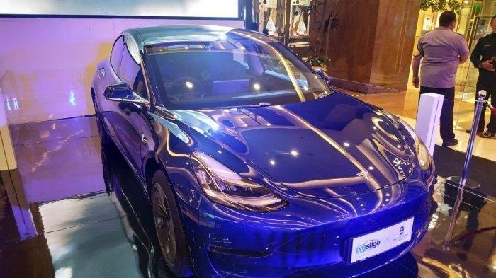 Timah Masuk Rantai Produksi Mobil Listrik Tesla, Ini Daftarnya