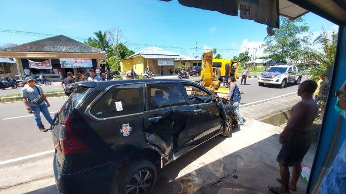 Kronologis Mobil Tabrak Toko Gorden di Padang Manggar, Polisi Ungkap Alasan Sopir Tak Ada di Tempat