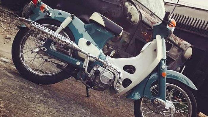 Modif Honda C50, Saat Motor Bebek Langka Kembali ke Gaya Asalnya