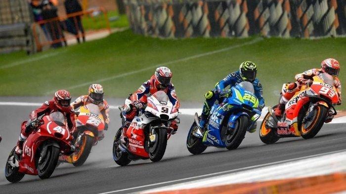 LIVE STREAMING MotoGP Belanda 2019,Valentino Rossistart posisi ke-14,Marc Marquezke-4.
