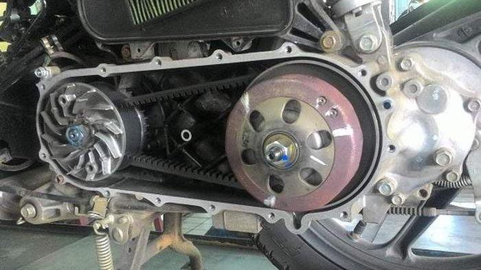 Cukup Lubangi Pulinya Agar Tarikan Motor Matic Lebih Mantap