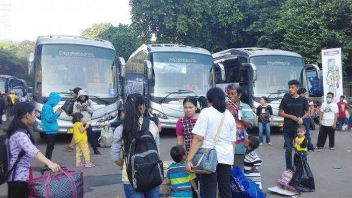 Tips Anti Mabuk saat Mudik Lebaran Naik Bus