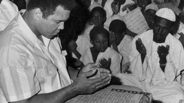 Sekitar 14.000 Orang Diperkirakan akan Ikut Salat Jenazah untuk Muhammad Ali