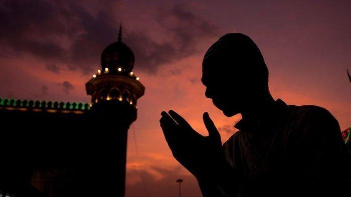 Doa Malam Lailatul Qadar,  Bersyukur dan Mohon Ampunlah Kepada Allah SWT