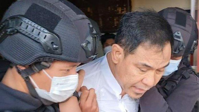 Sosok Munarman Pria Kelahiran Palembang, Berperan di JAD dan ISIS, Ditemukan Bukti Bahan Peledak