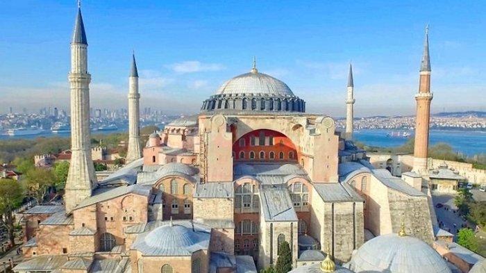 Resmi Dialihfungsikan Jadi Masjid, Turki Siapkan 2 Imam & 4 Muazin untuk Bertugas di Hagia Sophia