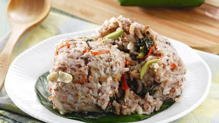 Nasi Bakar Cakalang Pedas Menu Makan Siang Lezat yang Sulit Ditolak