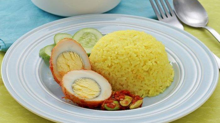 Sarapan Pasti Jadi Lebih Berkesan Dengan Nasi Kuning Telur Petai Ini