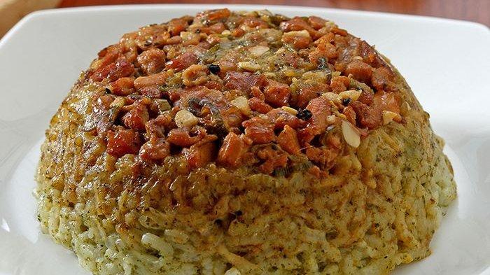Yuk Bikin Nasi Tim Hijau Ayam! Cocok Jadi Menu Sarapan Besok, Simak Resepnya