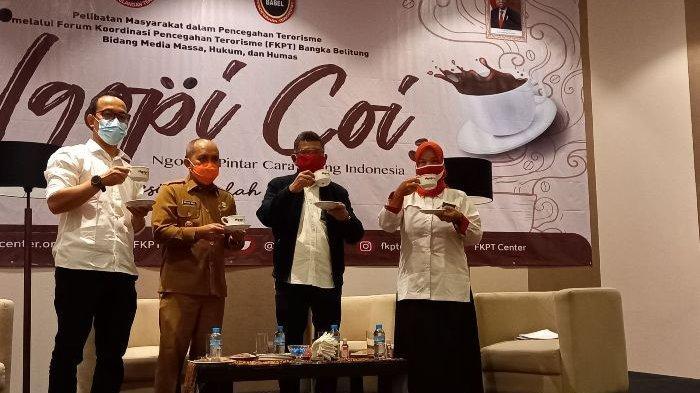 Ngobrol Pintar Cara Orang Indonesia (Ngpoi Coi) yang digelar oleh Pencegahan Terorisme (FKPT) Bangka Belitung Bidang Media Massa, Hukum dan Humas, di Fox Haris Hotel, Senin (9/11/2020).