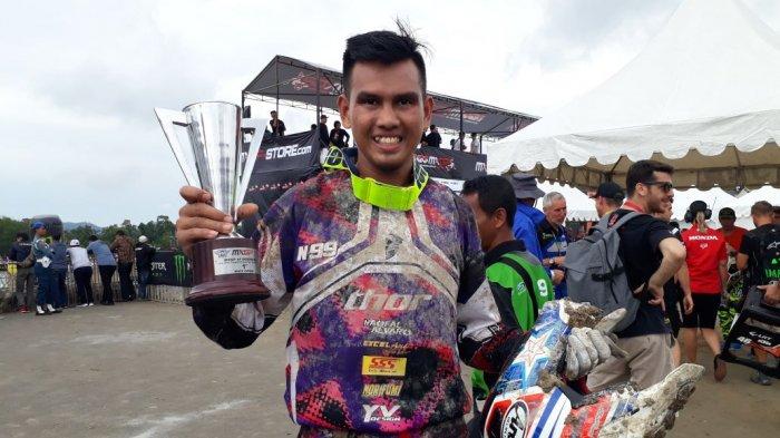 Pembalap Asal Babel Juarai MX 2 Indonesia
