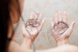 8 Obat Rontok Rambut Alami Ini Paling Ampuh Atasi Masalah Kepala, Boleh Dicoba!