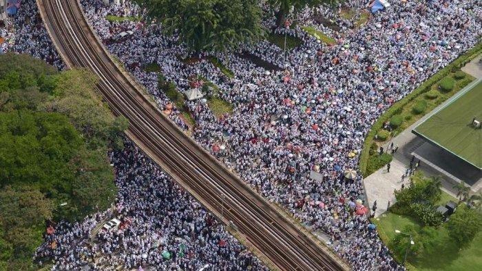 Aksi 812 di Malaysia, Ribuan Massa Patuhi Larangan Merokok hingga Keikutsertaan Anak-Anak