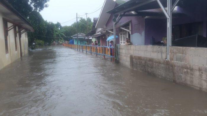 FOTO-foto Banjir Melanda Kampung Amau Belitung - parahnya-banjir-yang-melanda-kabupaten-belitung.jpg