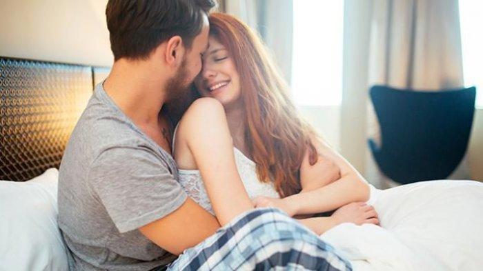 Hubungan Suami Istri Tetap Berjalan Meski Bulan Puasa, Begini Tipsnya!