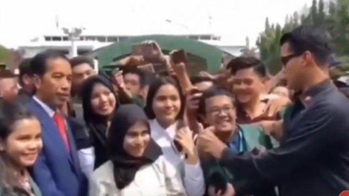 Viral Video Paspampres Tekuk Acungan Dua Jari Warga Saat Foto Bareng Jokowi, Ini Klarifikasinya