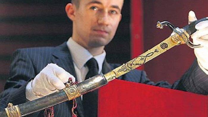 3 Pedang Paling Mematikan, Ada Pedang Zulfikar Milik Ali bin Abi Thalib