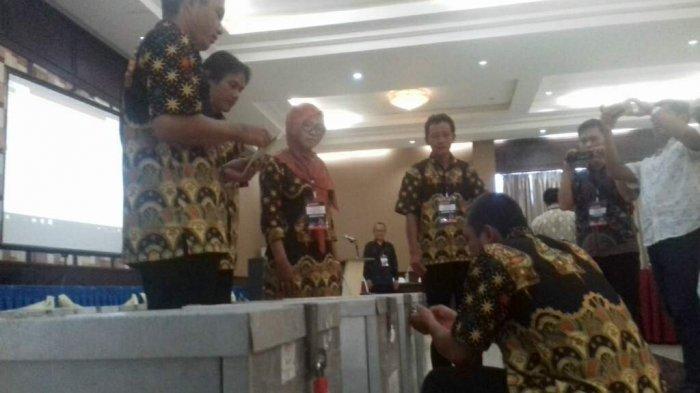 Hasil Rekapitulasi Pemilihan Bupati dan Wakil Bupati Belitung Perkecamatan