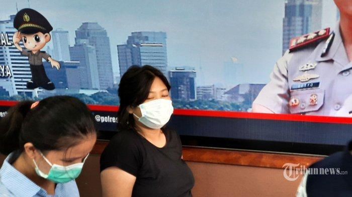 Nasib Perempuan Hamil Pelaku Mesum di Halte, Videonya Viral Kemana-mana
