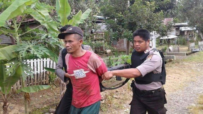 Alami Ini dan Ngamuk, Tiga Orang Jadi Korban Sabetan Parang Pria Ini, Dua Korban Saudara Sendiri