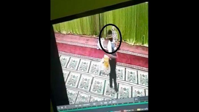 BREAKING NEWS: Tim Naga Tangkap Pria Terduga Pelaku Pelecehan di Masjid Pangkalpinang