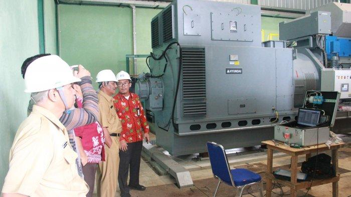 Bupati Belitung Tinjau Pembangkit Listrik 5 MW Berbahan Bakar Minyak Kelapa Sawit - pembangkit-listrik1.jpg