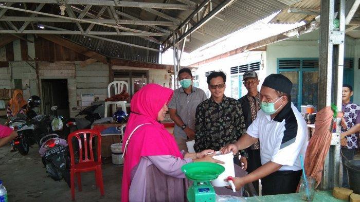 Yayasan Rantau Melayu Nusantara Berikan 15 Tempat Cuci Tangan di Pasar Hatta Tanjungpandan
