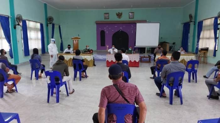 Dandim 0414/Belitung Ajak Pemilik Warung Kopi di Manggar Terapkan Protokol Kesehatan Secara Ketat