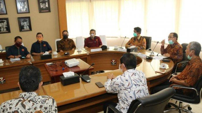 Pemkab dan KONI Beltim Teken Kerja Sama dengan UPI Bandung - pemkab-beltim-2109.jpg
