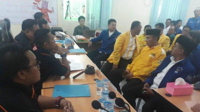 Andi Lanna dan Zulfriandi Afan Mendaftar ke KPU Kabupaten Belitung