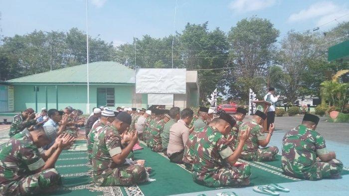 Kemarau Panjang, Jajaran TNI Polri di Belitung Salat Istisqo Berjamaah
