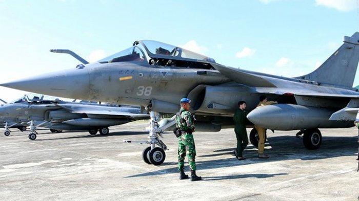 Cuaca Buruk, 7 Pesawat Tempur Perancis Mendarat Darurat di Aceh Besar