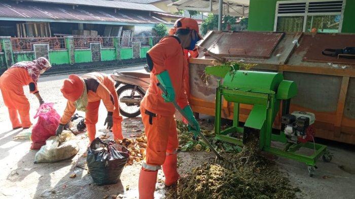 Kompos yang Dibuat DLH Belitung Bisa Digunakan untuk Menyuburkan Tanaman