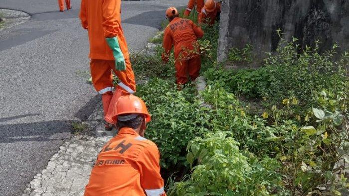 Setelah Lakukan Pembersihan Selokan di Kampung Amau, DLH Kabupaten Belitung Rencana Lakukan Ini
