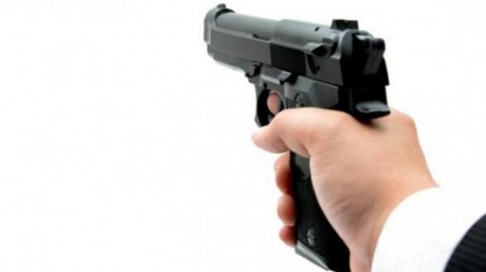 Hanya Gara-gara Hal Sepele di ATM, Pengacara Ini Acungkan dan Tembakkan Pistol